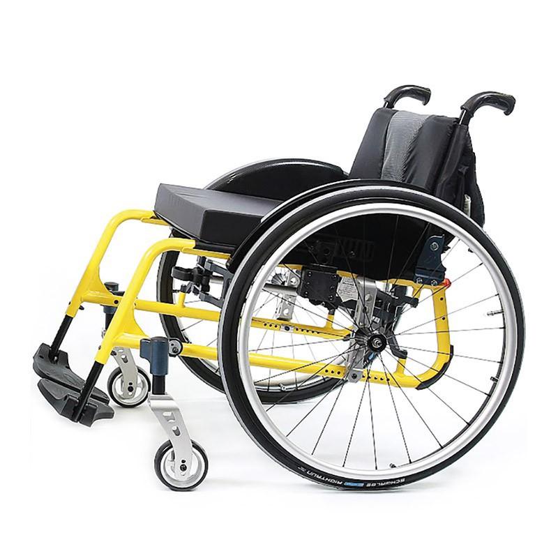fauteuil roulant medium actif action 5. Black Bedroom Furniture Sets. Home Design Ideas
