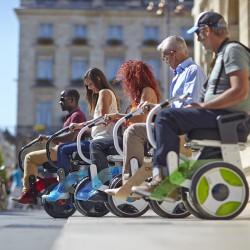 29098-mon-materiel-medical-en-pharmacie-fr-fauteuil-roulant-transporteur-nino-ambiance